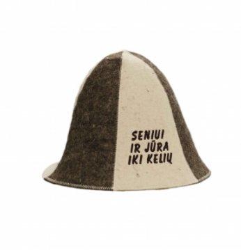 Kepurė su užrašu..