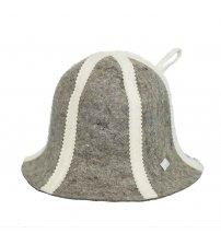 Шерстяная шапка с полосками
