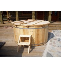 Larch hot tub, 160cm