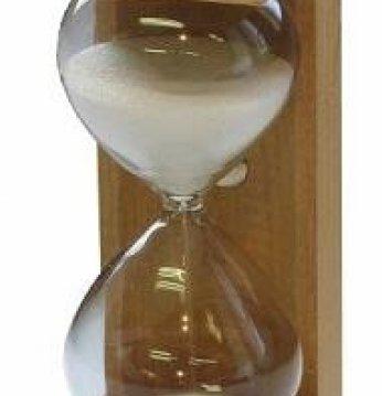 Saunia smėlio laikrodis..